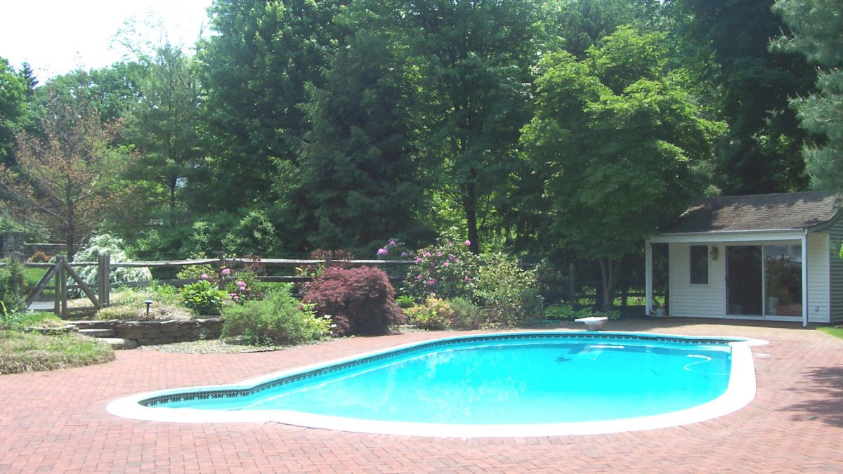 Tips for Upgrading Your Backyard Pool