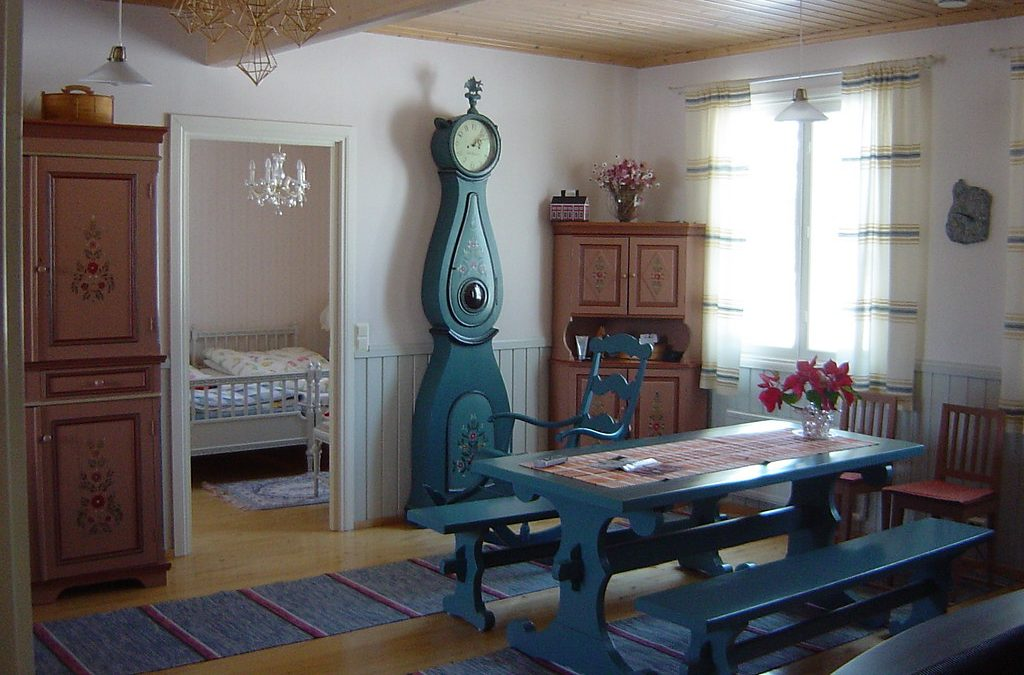 The Benefits of Using Traditional Furniture Styles